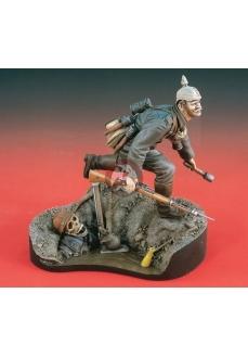 """Figurina """"Liniste pe Frontul de Vest"""", 120mm"""