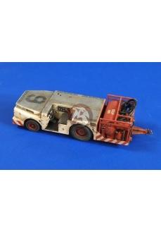 Set tractor stingator de incendii portavion SUA, scara 1:32